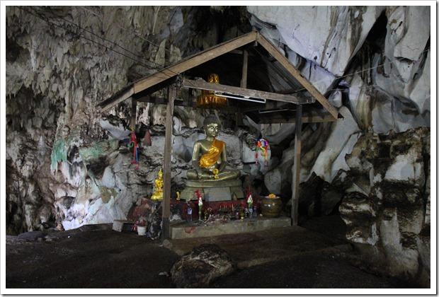 カオヤイ・コウモリ洞窟半日ツアー